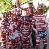 """""""Los indios africanos"""". Una de las comparsas más representativas del carnaval cienaguero."""